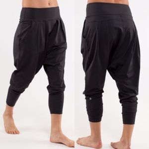 Lululemon Happy Hatha Crop Black Harem Pants Yoga